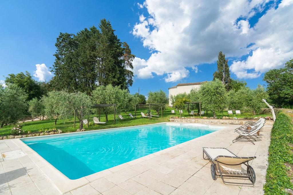 Appartement in oude watermolen met zwembad in Rapolano Terme - Boerderijvakanties.nl