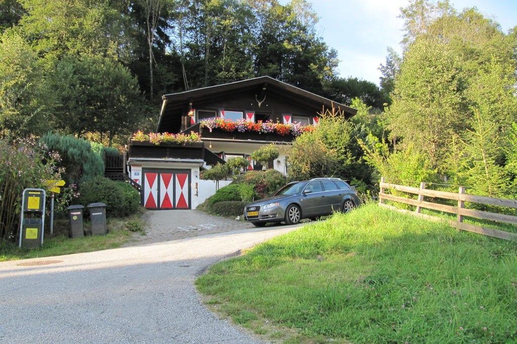 Ruim appartement in Niedernsill dicht bij skigebied - Boerderijvakanties.nl