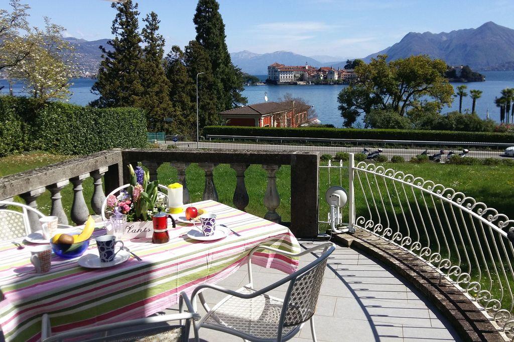 Appartement huren in Italiaanse Meren -   met wifi  voor 4 personen  Elegant appartement gebouwd in de ..