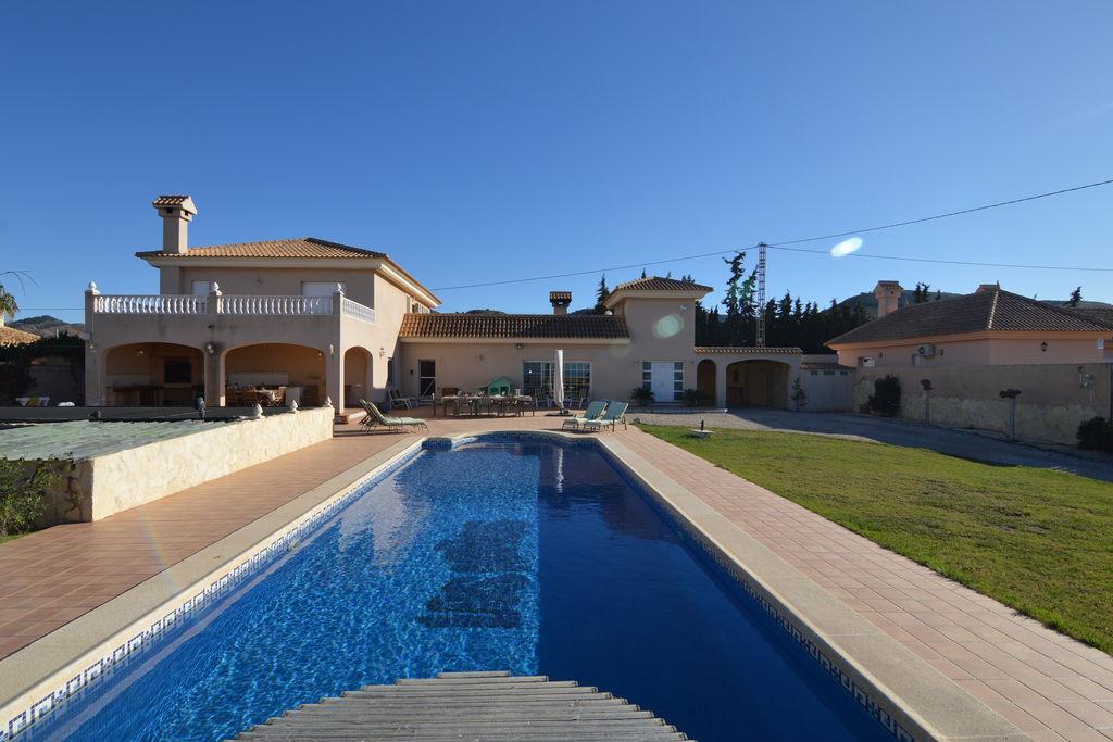 Villa El Algar 0 slaapkamers met zwembad nabij Strand met wifi