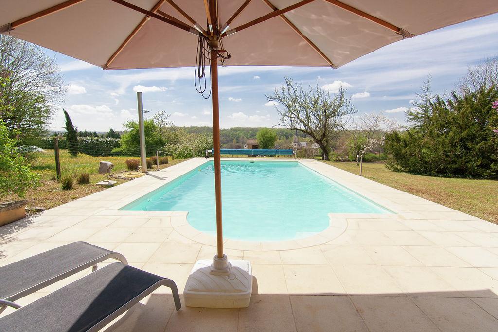 Charmant herenhuis in Brouchaud met zwembad - Boerderijvakanties.nl