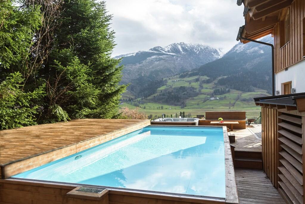 Hoogwaardig chalet in Walchen met privézwembad en sauna - Boerderijvakanties.nl