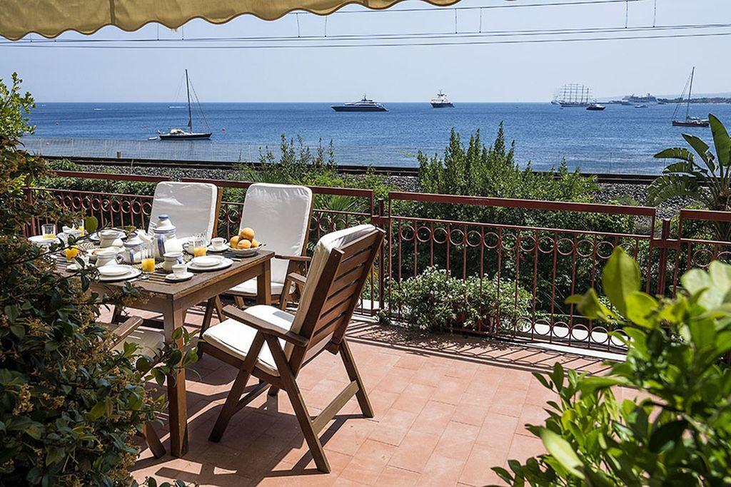 Vakantiewoning  huren Taormina - Appartement IT-98039-20 met zwembad  met wifi