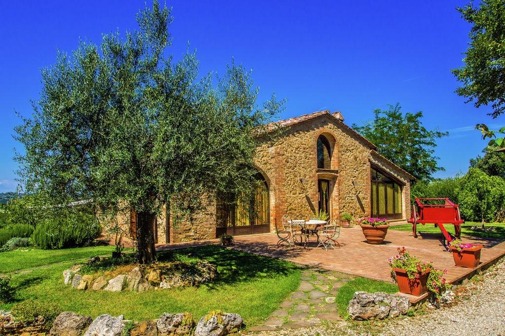 San-Gimignano- Vakantiewoning met zwembad  met wifi te huur