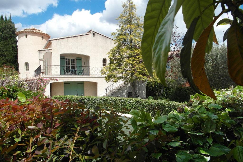 Nyons- Villa met zwembad  met wifi te huur