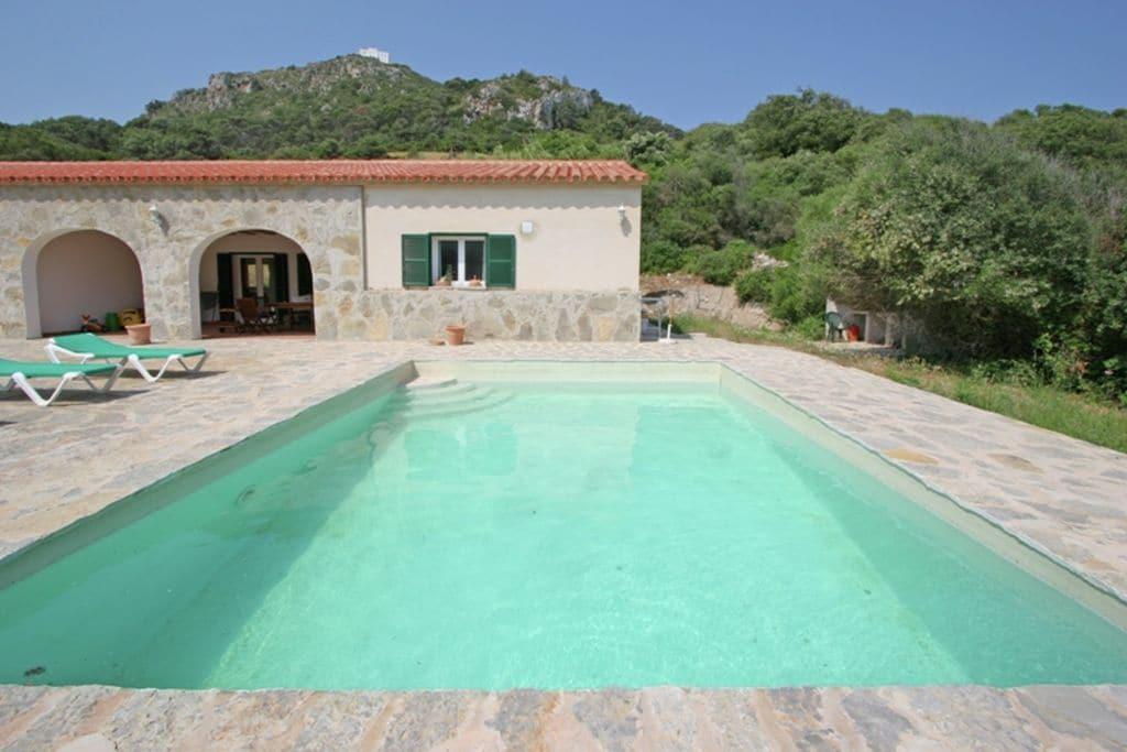 Vrijstaande vakantiewoning met privé zwembad in de rust en natuur op Menorca - Boerderijvakanties.nl
