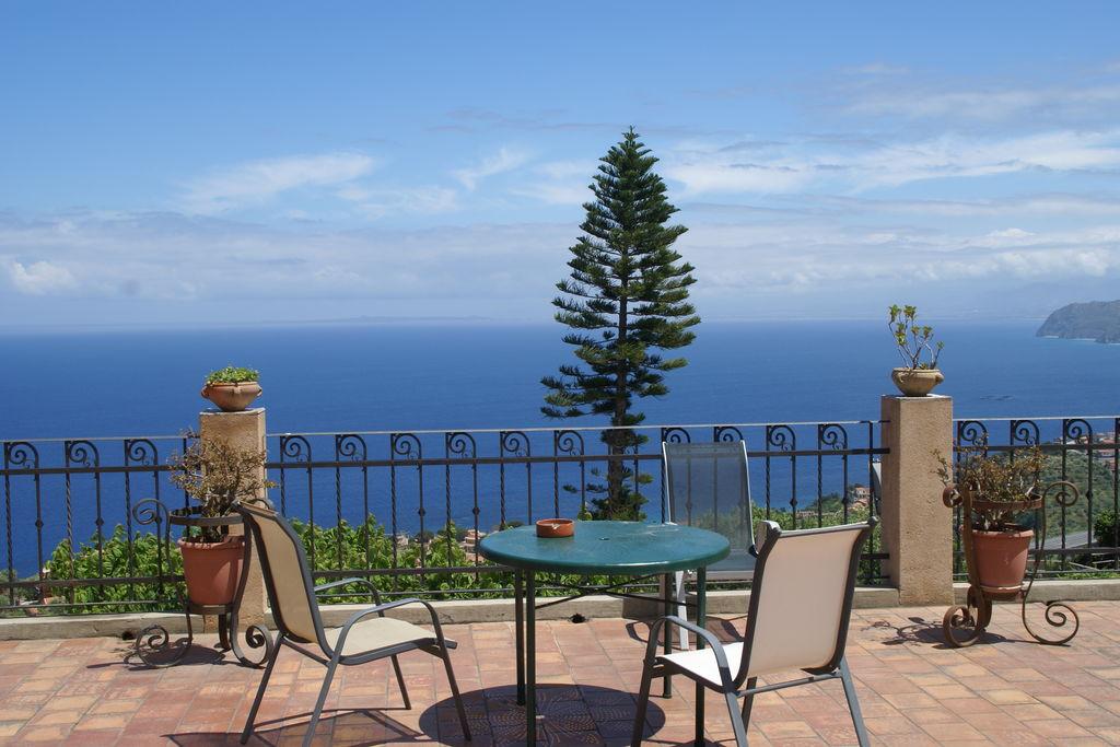 Appartement huren in Sicilia - met zwembad nabij Strand met wifi met zwembad voor 6 personen  Dit appartement voor vier personen..