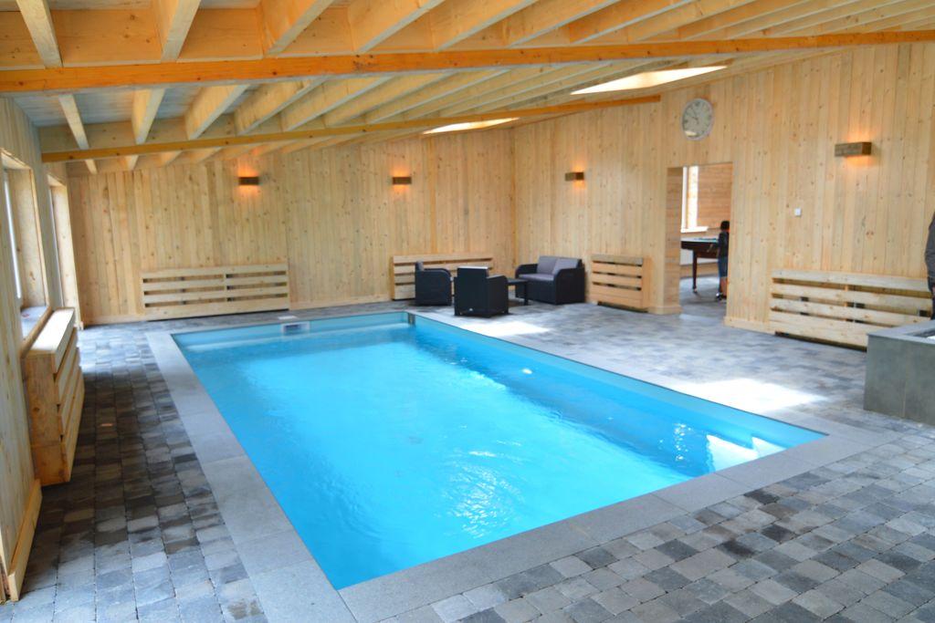 Bullange- Boerderij met zwembad  met wifi te huur
