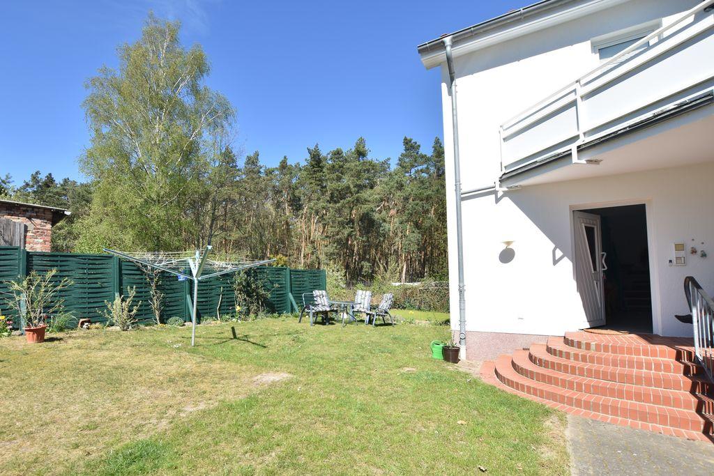 Idyllisch gelegen appartement in Neubukow met balkon - Boerderijvakanties.nl