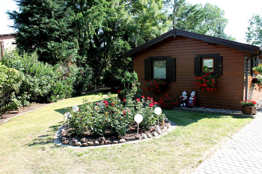 Gezellige bungalow aan de Oostzee met een tuin en terras - Boerderijvakanties.nl
