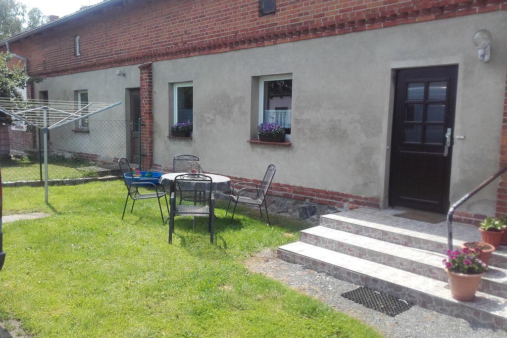 Ruim appartement in Neuburg met een tuin en barbecue - Boerderijvakanties.nl