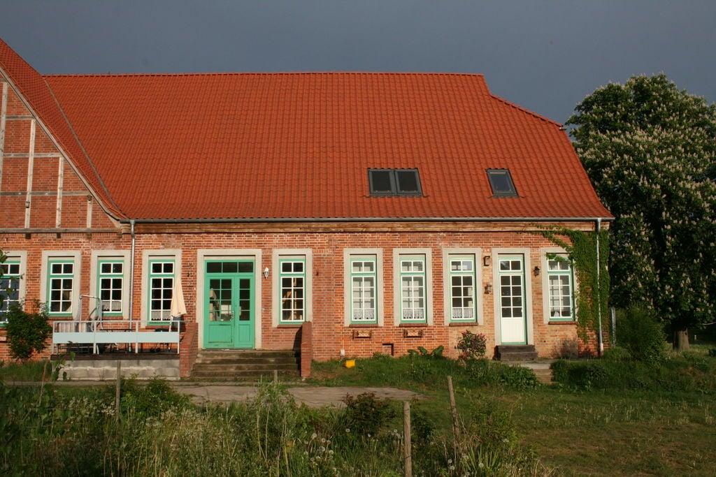 Charmant appartement in Blowatz met een mooie tuin - Boerderijvakanties.nl
