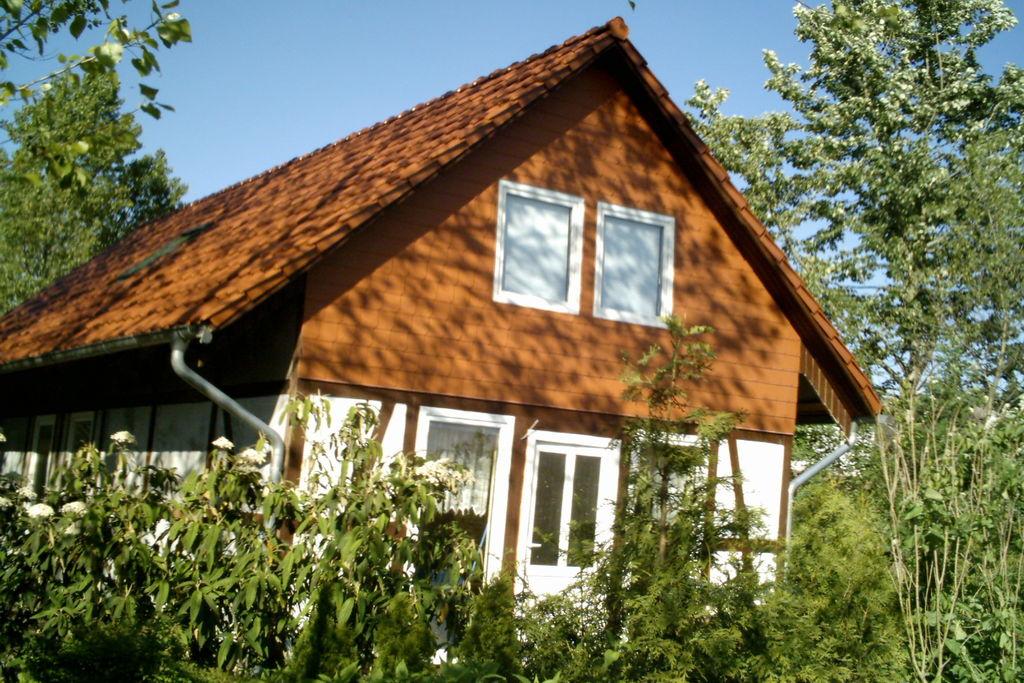 Gezellige bungalow in Rethwisch met een sauna - Boerderijvakanties.nl