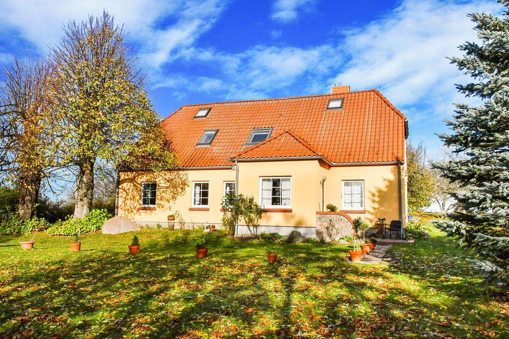 Comfortabel landhuis in Moitin in het natuurreservaat - Boerderijvakanties.nl