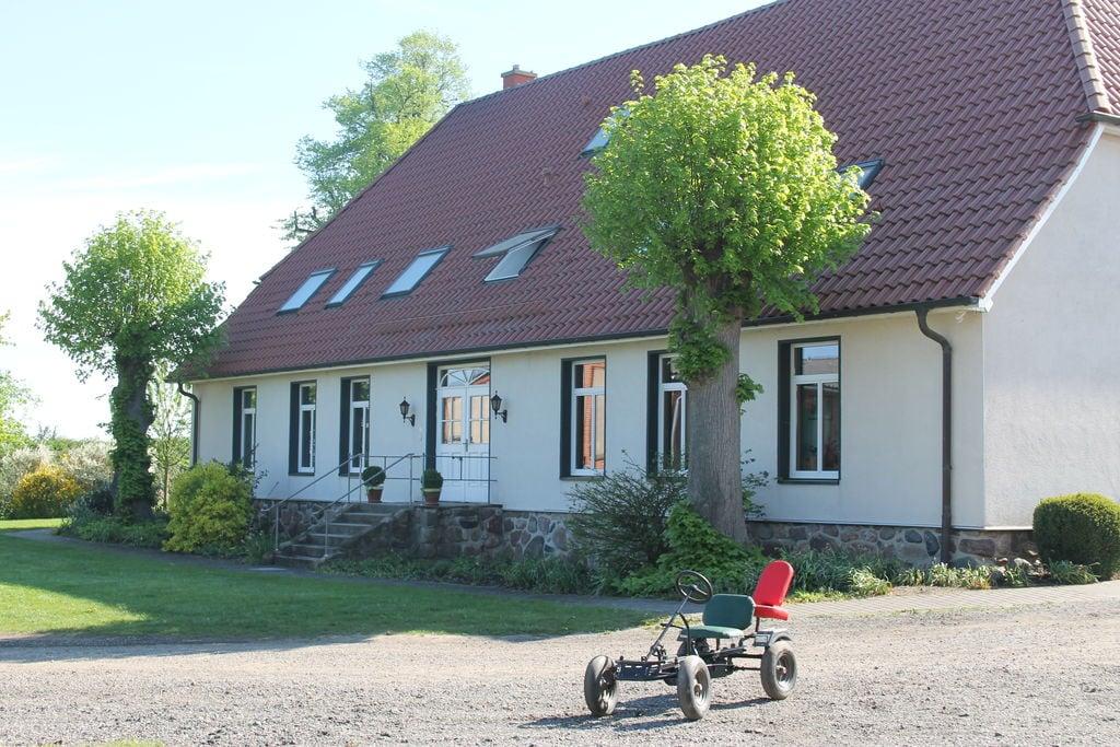 Knus appartement aan de Oostzeekust met een tuin en terras - Boerderijvakanties.nl