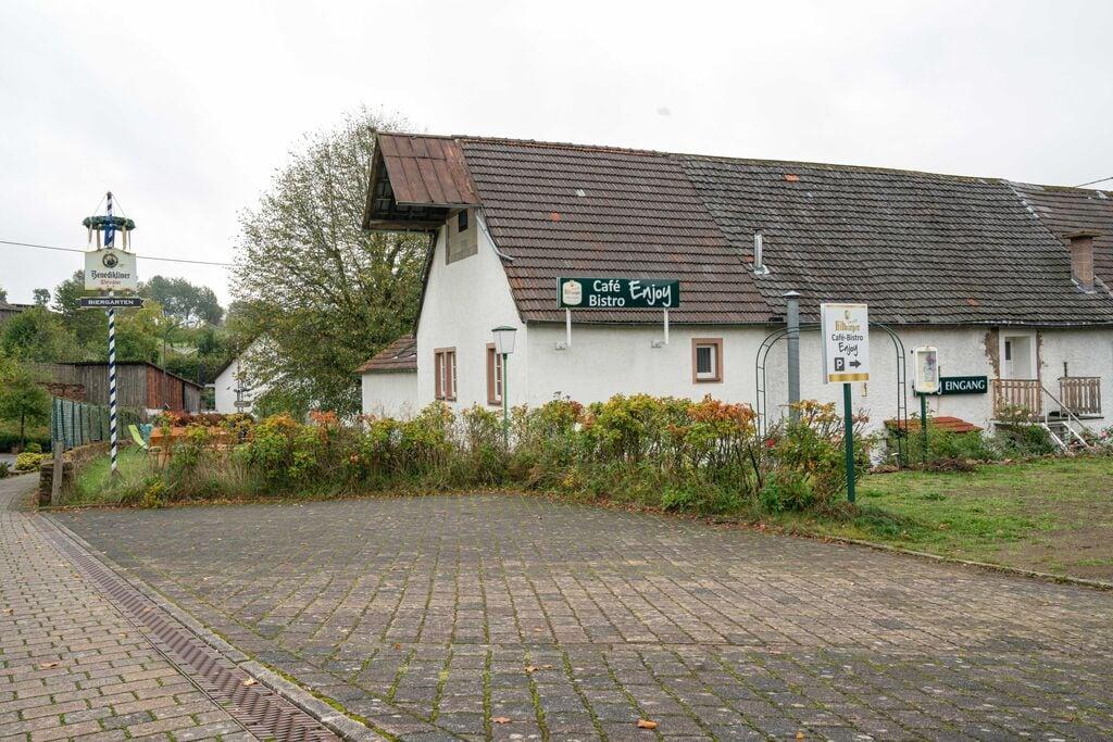 Mooie comfortabele woning in heuvelachtige omgeving met een ruime onheinde tuin - Boerderijvakanties.nl