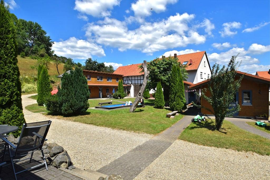 Vakantieboerderij direct bij het nationale park Kellerwald-Edersee met ligweide en zeer grote tuin - Boerderijvakanties.nl