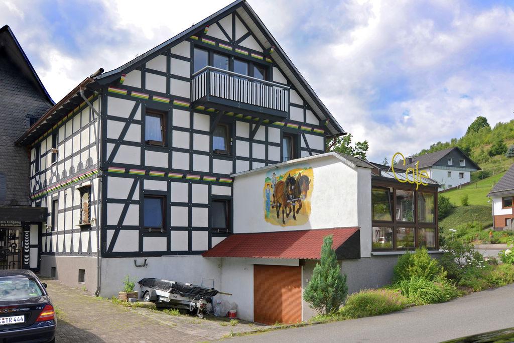 Fraai appartement in Sauerland met balkon - Boerderijvakanties.nl