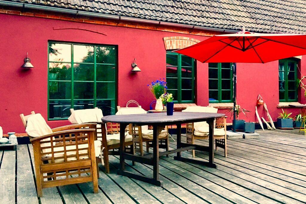 Mooi appartement aan de Oostzeekust met een terras en tuin - Boerderijvakanties.nl