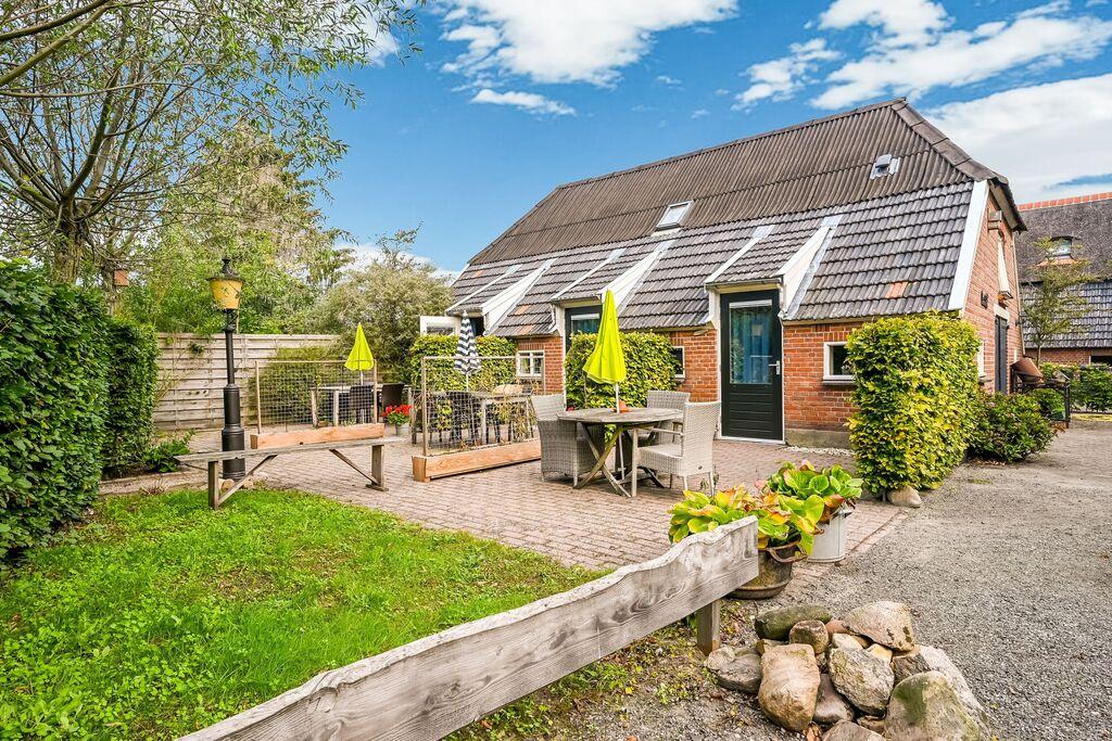 Knus plattelandshuisje in Holten met een terras - Boerderijvakanties.nl