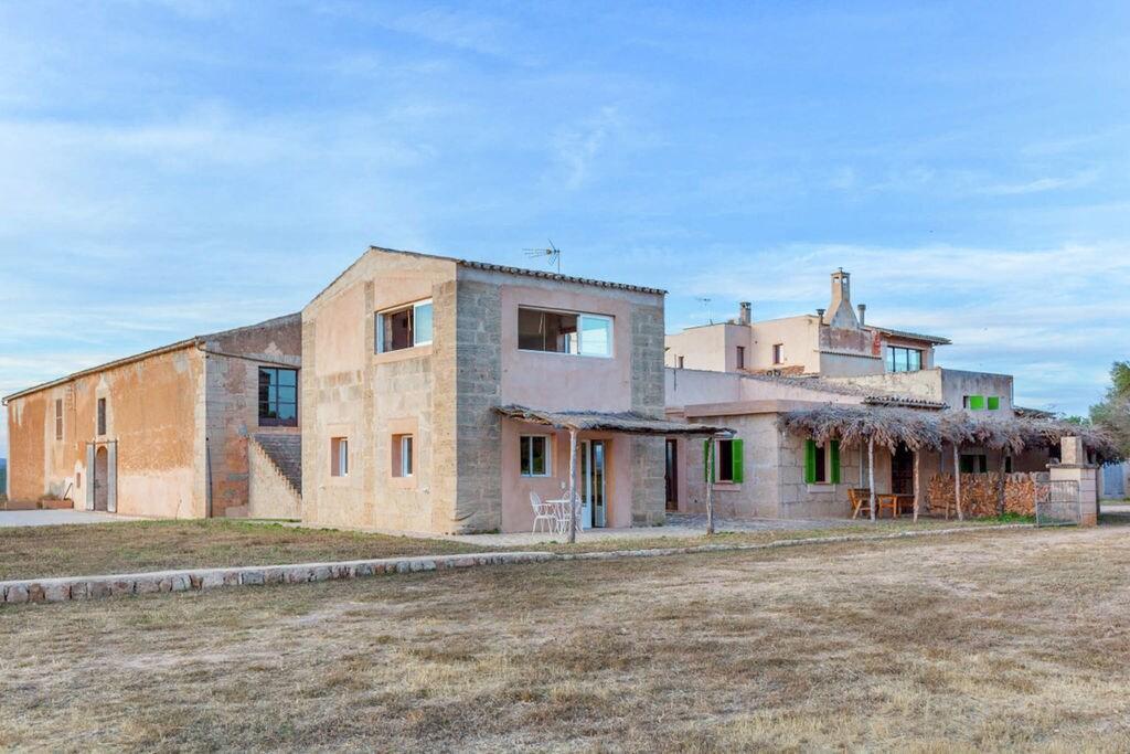 Leuk duplex op landgoed met privé toegang tot het mooiste strand van Mallorca - Boerderijvakanties.nl