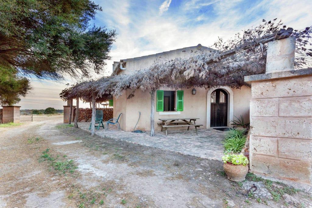 Klassieke cottage op Mallorca met privéstrand - Boerderijvakanties.nl