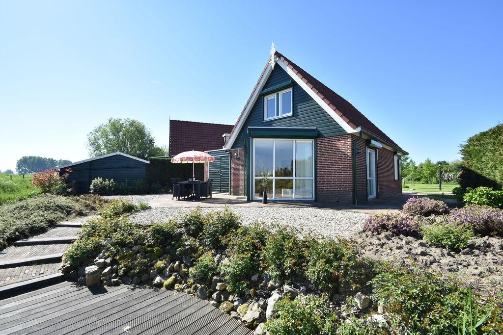 Gezellig vakantiehuis in Ooltgensplaat met weids uitzicht - Boerderijvakanties.nl