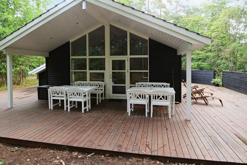 Modern vakantiehuis in Højby met een jacuzzi