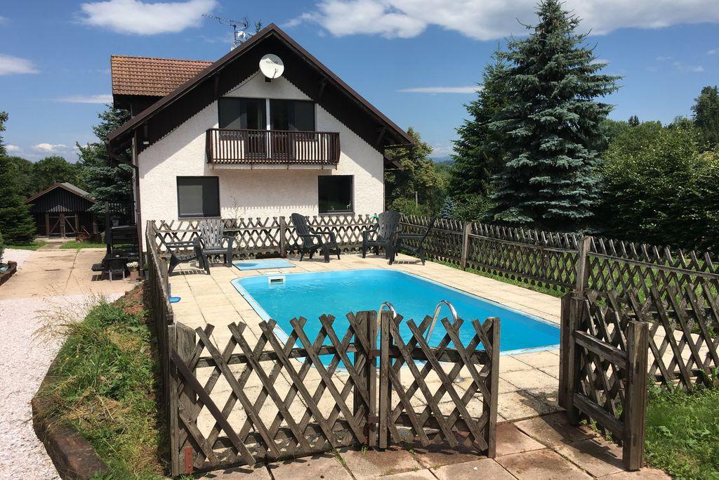 Vakantiehuis in Tsjechië met zwembad - Noord-Bohemen