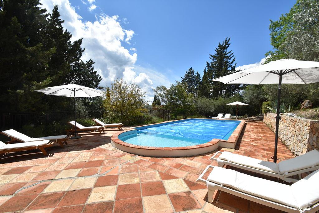 Charmante Mas in Provence voor 4 volwassenen en 4 kinderen met omheind zwembad - Boerderijvakanties.nl