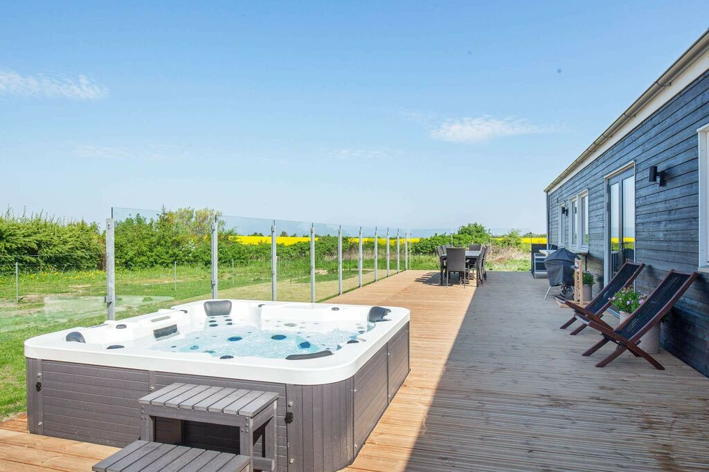 Ruim vakantiehuis in Vinderup, Jutland met bubbelbad