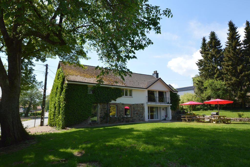 Vrijstaand vakantiehuis in de Ardennen met grote tuin - Boerderijvakanties.nl