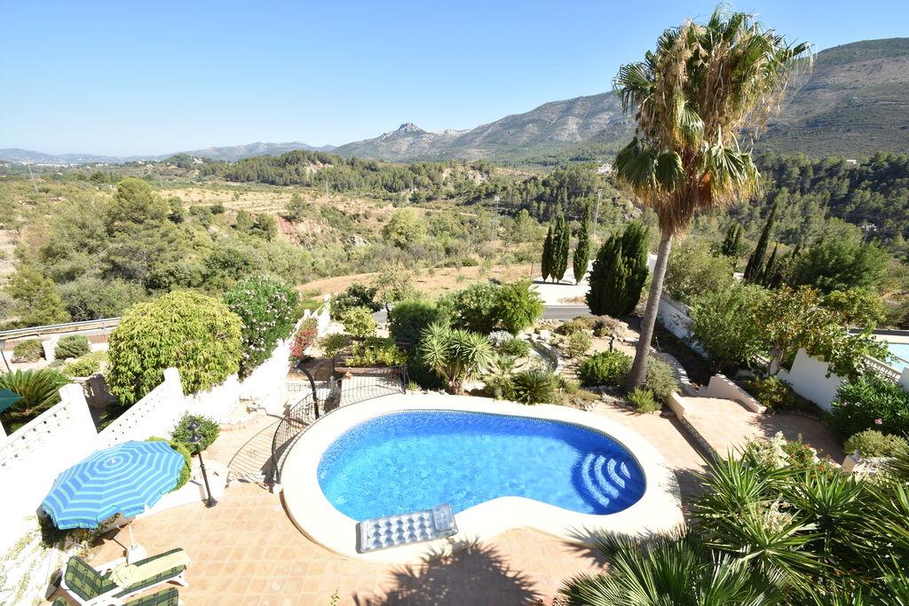 charmante 4 persoons villa op top locatie spectaculair uitzicht privé zwembad - Boerderijvakanties.nl