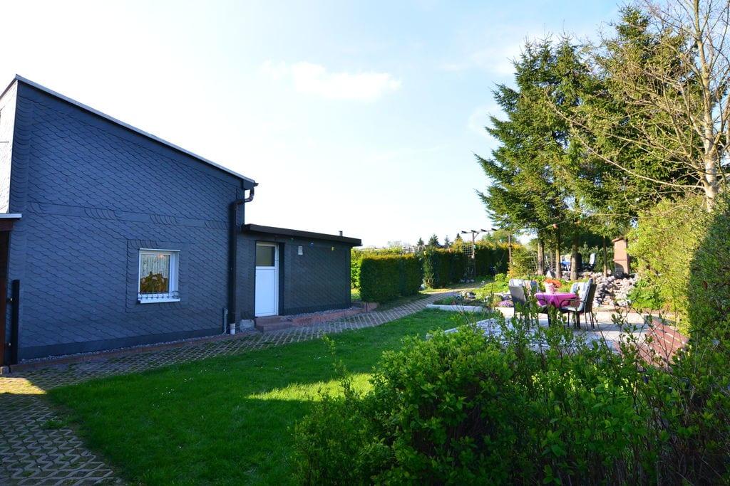 Vrijstaand vakantiehuis in Thüringen met terras - Boerderijvakanties.nl