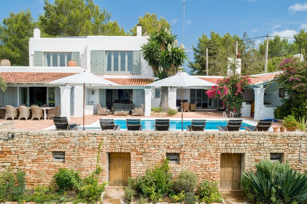 Gezellige villa op Ibiza met privézwembad en sauna - Boerderijvakanties.nl