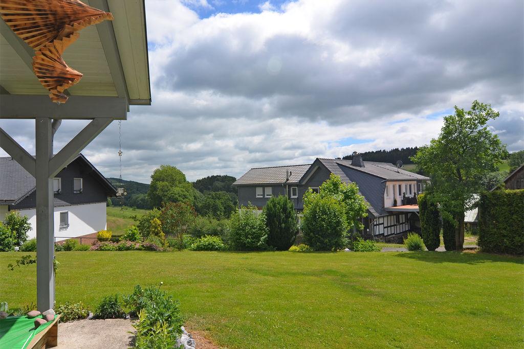 Mooi appartement op de begane grond met houtkachel en eigen terras in het Sauerland - Boerderijvakanties.nl