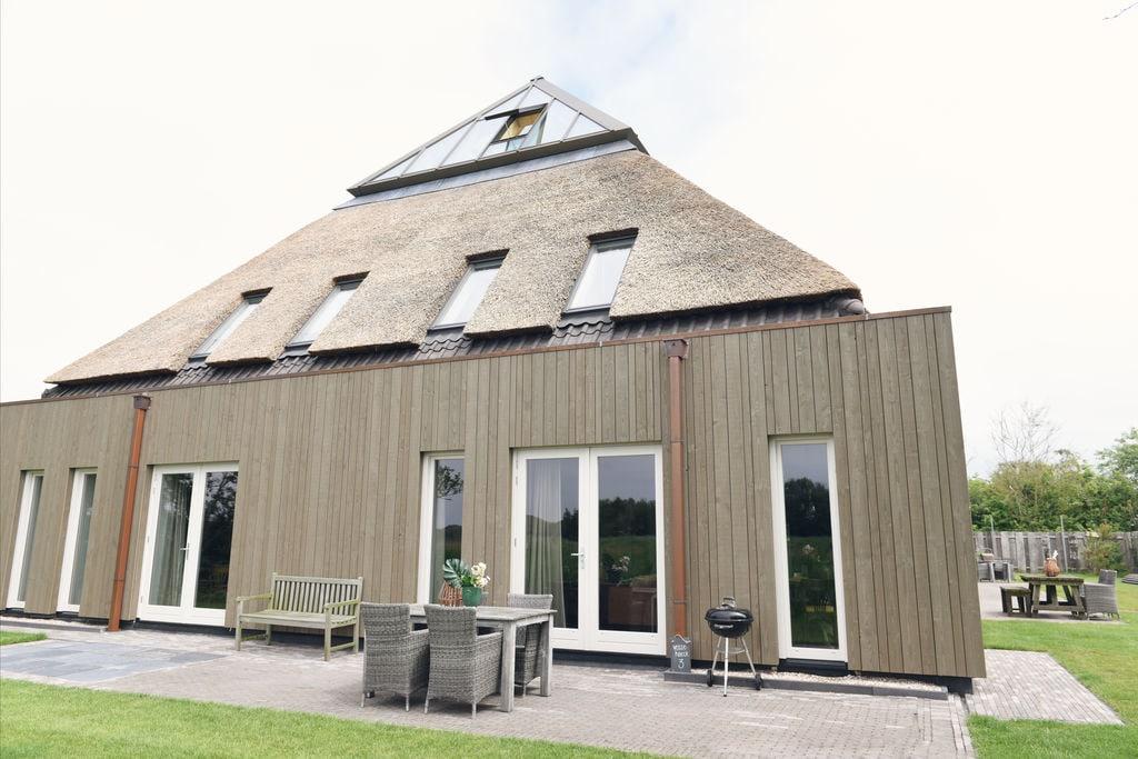 Landelijke hoeve opgedeeld in appartementen - Boerderijvakanties.nl