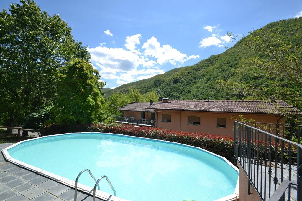 Moderne vakantiewoning in Lucca met een zwembad - Boerderijvakanties.nl