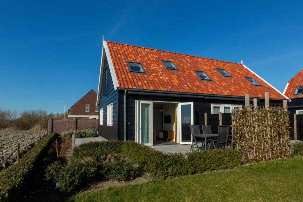 Luxe vakantiewoning in Oostkapelle vlak bij het strand - Boerderijvakanties.nl
