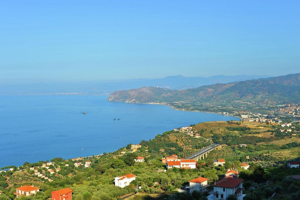 Vakantiewoning huren in Sicilia - met zwembad nabij Strand met wifi met zwembad voor 4 personen  Dit heerlijke vakantiehuis ligt ne..