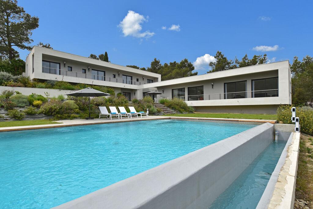 Bijzonder luxe villa in Nîmes met verwarmbare infinity pool - Boerderijvakanties.nl