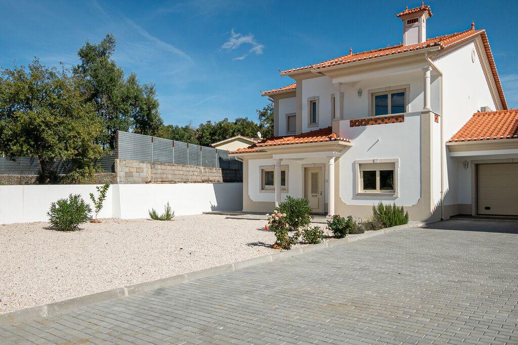 Vrijstaande villa heerlijk rustig gelegenmet privé zwembad en jacuzzi! - Boerderijvakanties.nl