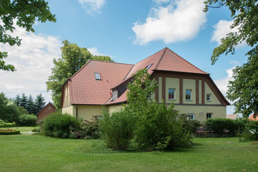 Royaal appartement in Mecklenburg bij de Baltische kust - Boerderijvakanties.nl
