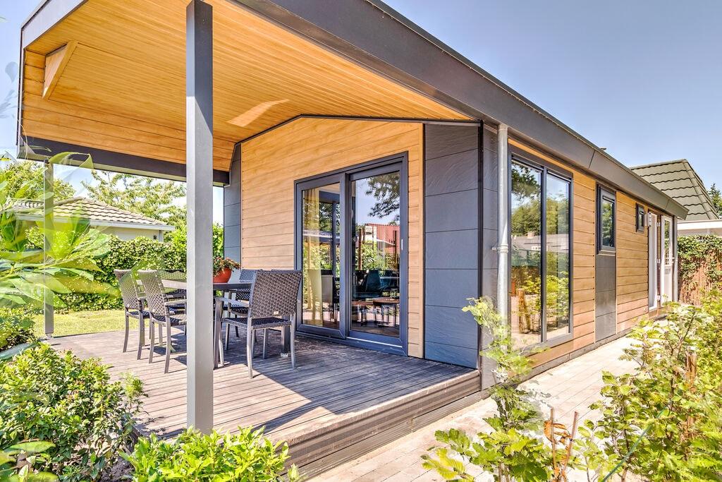 Mooie bungalow met jacuzzi in Kaatsheuvel - Boerderijvakanties.nl