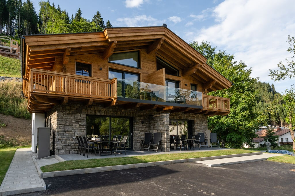 Luxe vakantiewoning in Salzburgerland met terras en sauna - Boerderijvakanties.nl