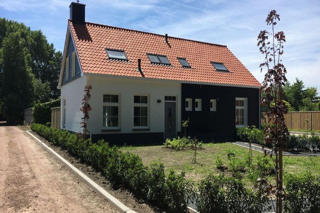 Zeer comfortabel en gezellig vakantiehuis aan de rand van Oostkapelle - Boerderijvakanties.nl