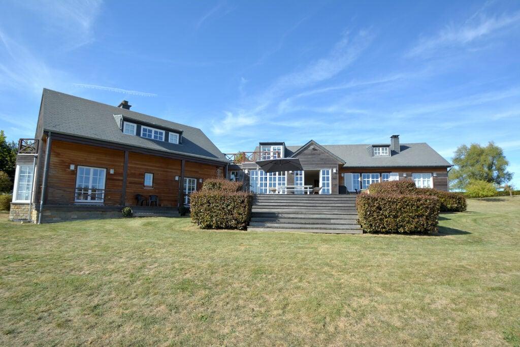 Prachtige ruime en lichte villa, prachtig uitzicht, grote tuin,sauna, geen buren - Boerderijvakanties.nl