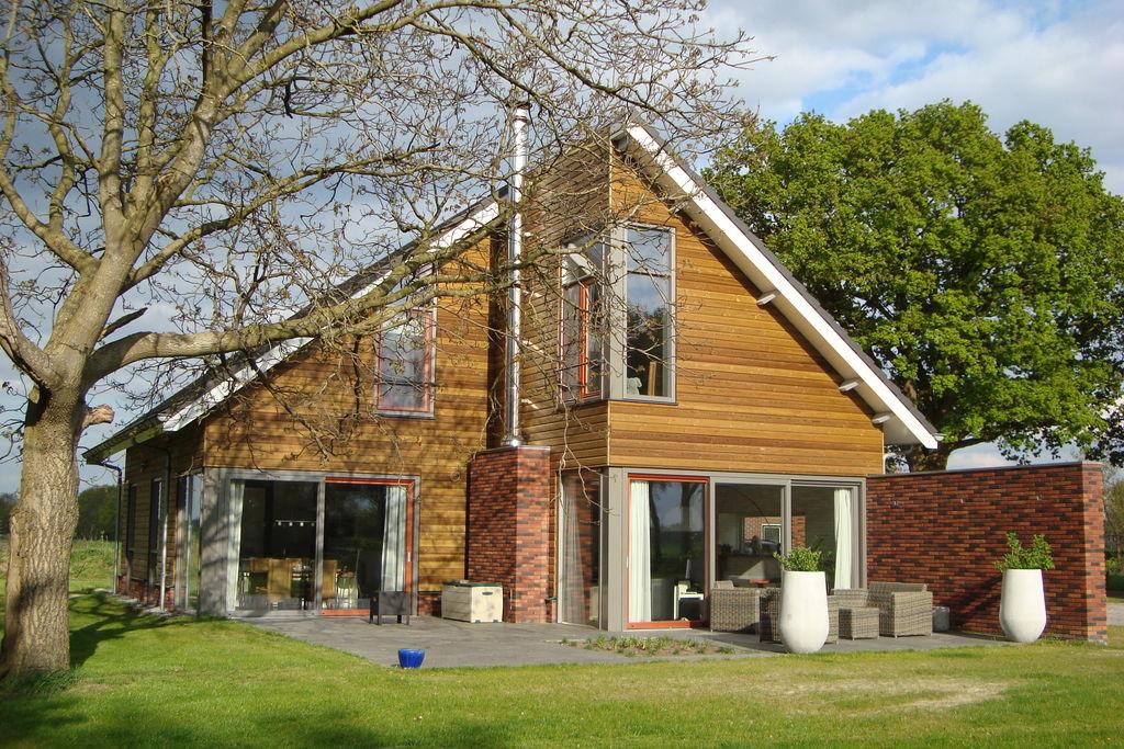Prachtige vrijstaande villa met sauna gelegen nabij de Sallandse Heuvelrug - Boerderijvakanties.nl