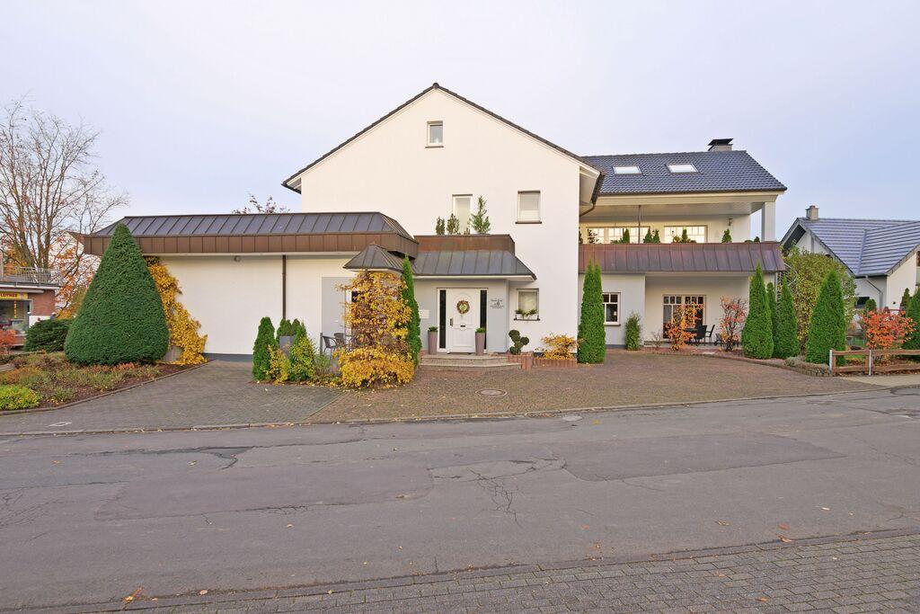 Ruim vakantieapprtement in Brilon Duitsland met privéterras - Boerderijvakanties.nl