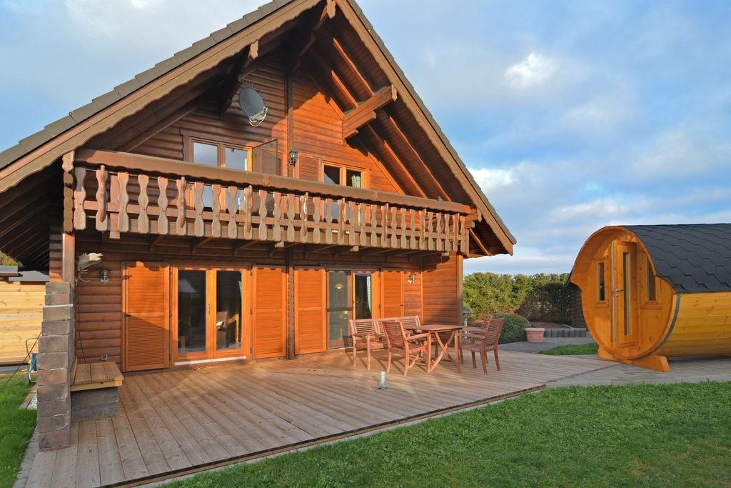 Exclusieve vakantiewoning met slaapvat, balkon, tuin en terras in het Sauerland - Boerderijvakanties.nl